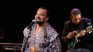 L'Angolais Bonga  donne 4 concerts en province et près de Paris à partir du 25 janvier 2018.