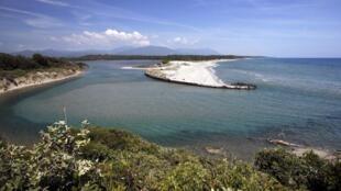Corsica Aleria oil spill