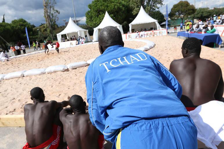 L'équipe du Tchad de lutte africaine attend son tour pour combattre aux Jeux de la francophonie 2013 à Nice.(Photo d'illustration)