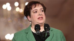 La  notaire générale, Elena Kagan livre ses sentiments après sa nomination à la Cour suprême, à Washington le 10 mai 2010.