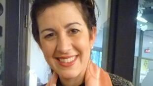 La cantante uruguaya Ana Karina Rossi en los estudios de RFI