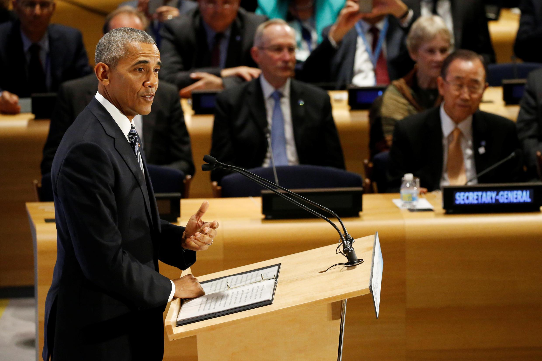 Barack Obama, a yayin da yake jawabi a zauren taron Majalisar Dinkin Duniya a birnin New York.