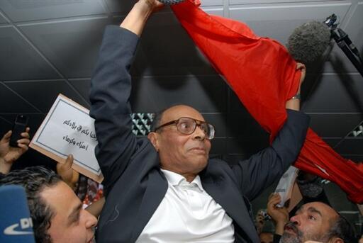 Le 18 janvier 2011, Moncef Marzouki , opposant historique au président Ben Ali, revenait à Tunis.