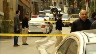 28.03.2015. Тбилиси. Убийство известного бизнесмена Бесо Хардзиани. Полиция оцепила место преступления.