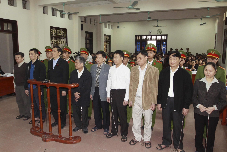 Các bị cáo tại phiên tòa xử vụ Vinashin tại Hải Phòng.