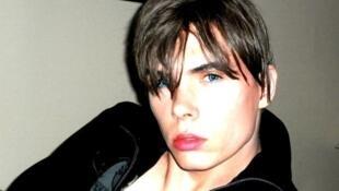 Luka Rocco Magnotta, em uma das poucas imagens divulgadas pela polícia canadense.