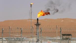 Une raffinerie de pétrole de Saudi Aramco à Shaybah en mai 2018.