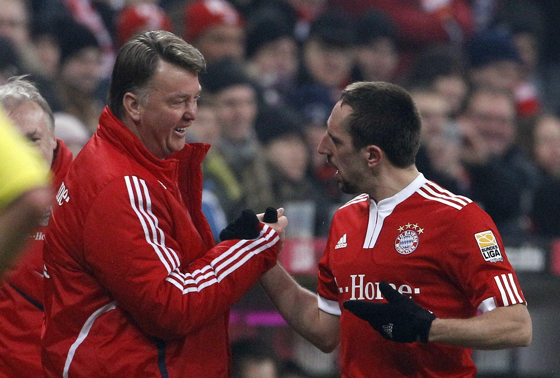 Ça va mieux au Bayern Munich : même Louis Van Gaal et Franck Ribéry ne sont plus fâchés.