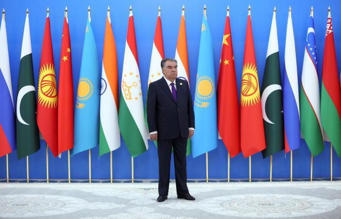 f098aff_973171373-2021-09-17t145657z-1343809393-rc2mrp98lmdx-rtrmadp-3-tajikistan-summit
