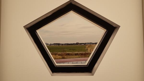 Détail d'une photo de la série « New Dutch Views », de Marwan Bassiouni, exposée dans le cadre du Festival « Circulation(s) » au Centquatre, à Paris.