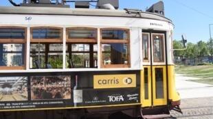 La ligne 24 traverse de nouveau la capitale portugaise, prélude à un renouveau du tramway