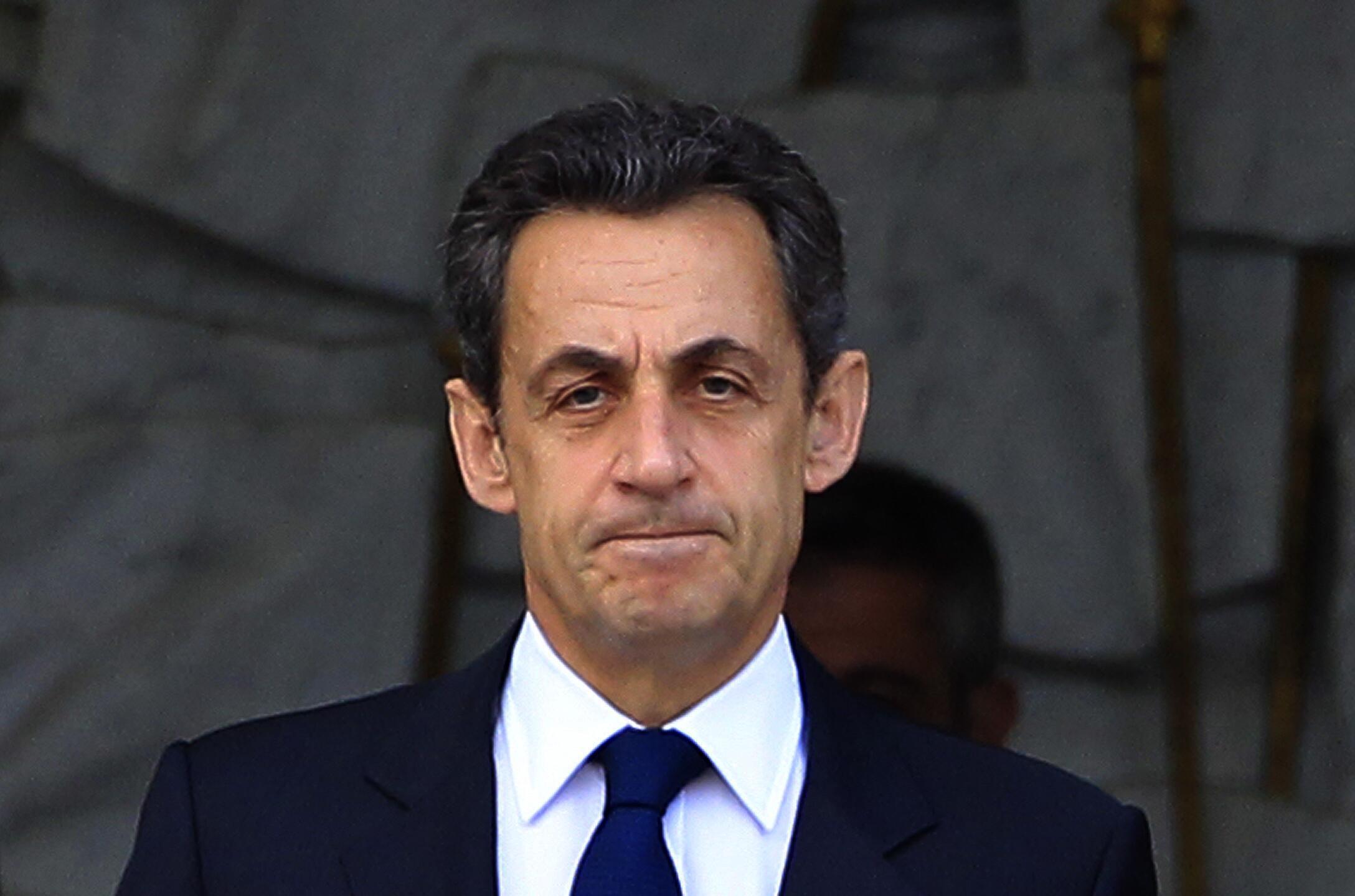 O presidente Nicolas Sarkozy, derrotado no segundo turno da eleição presidencial francesa, se reuniu nesta segunda-feira com os líderes da direita.