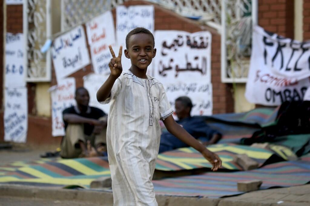فیگارو: رویای برپایی انقلابی آرام و آشتی جویانه در سودان بر باد رفت