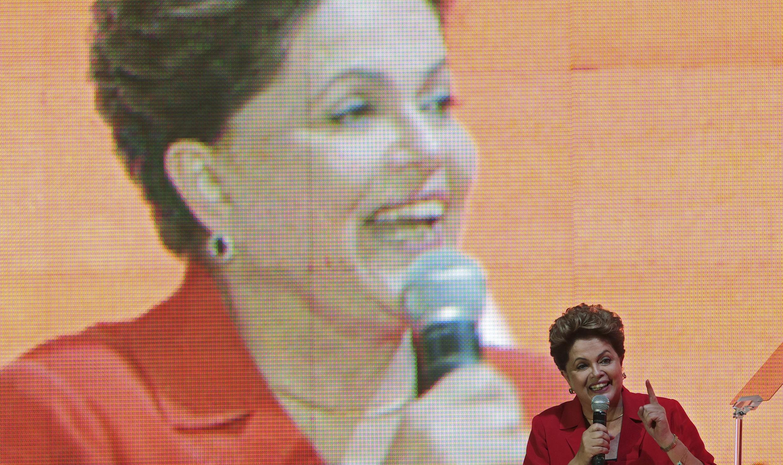 Intervención de la presidenta de Brasil, Dilma Rousseff, en la convención del Partido de los Trabajadores (PT) en Brasilia, el 21 de junio de 2014.