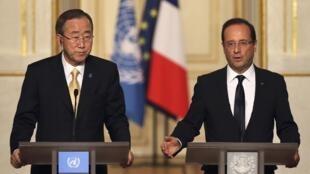 Le secrétaire général des Nations unies, Ban Ki-moon (G) et François Hollande lors de la conférence de presse mardi 9 octobre.