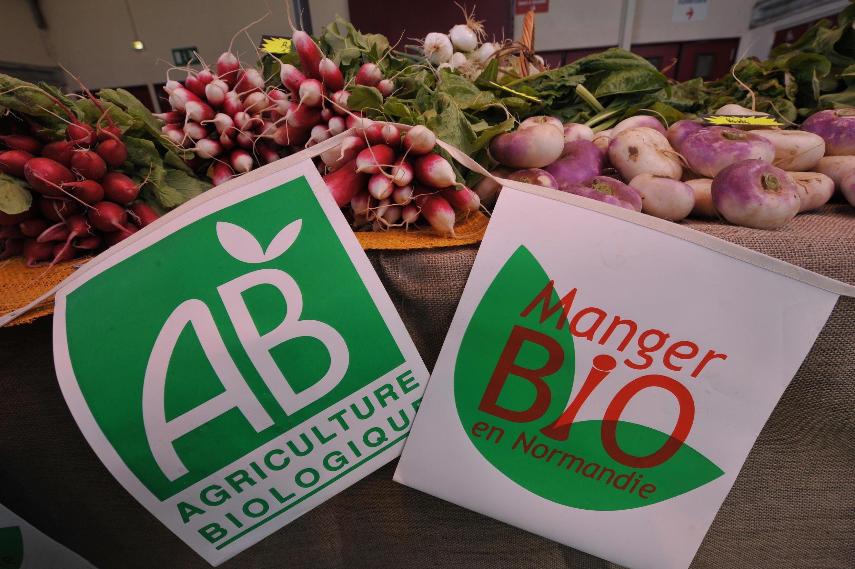 Selo de produtos orgânicos na França, onde consumo aumenta a cada ano.