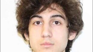 Foto de Djokhar Tsarnaev divulgada pelo FBI.