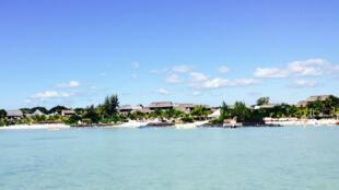 A l'île Maurice, l'eau de mer est puisée à 1 100 mètres de profondeur.