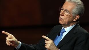 """O premiê italiano, Mario Monti, em entrevista ao programa italiano """"Che tempo che fa""""."""