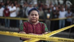 Au Chili, «on ne peut pas accepter que les Carabineros agissent dans les rues comme des enfants armés de pistolets à eau», assène la Guatémaltèque Rigoberta Menchú.