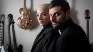 Les représentants de la France à l'Eurovision 2018, «Madame Monsieur» (Emilie Satt et Jean-Karl Lucas), avec leur chanson «Mercy».