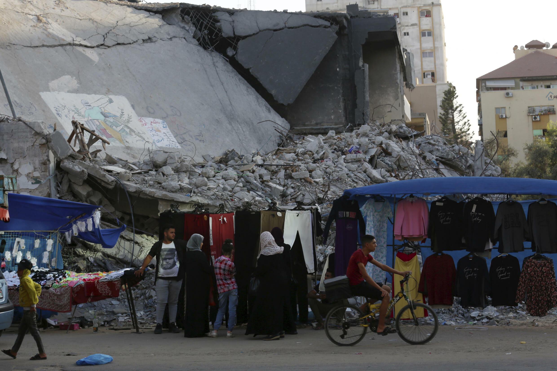 Gaza - immeuble détruits - Marché
