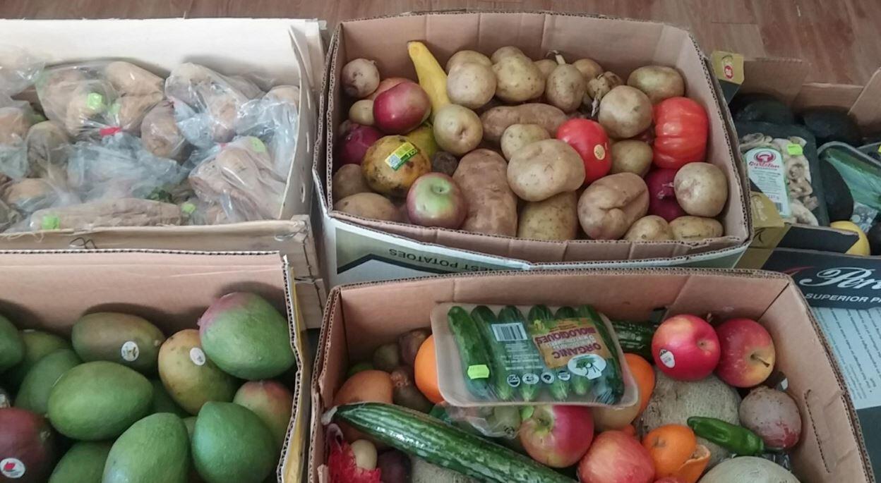 Produtos não vendidos são doados por supermercados franceses a associações de caridade.