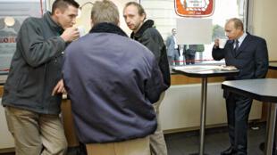 Владимир Путин в кафе Дрездена. 11 октября 2006 г.