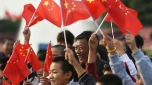 """Bắc Kinh sẽ huy động 850.000 dân để """"đi tuần"""" khắp thủ đô trước buổi lễ diễu binh ngày 03/09/2015."""