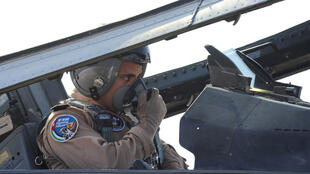 Um piloto da Força Aérea jordaniana fotografado em 12 de maio de 2014.