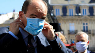 2020-08-03T110314Z_770261338_RC2B6I95G3HZ_RTRMADP_3_HEALTH-CORONAVIRUS-FRANCE-MASKS