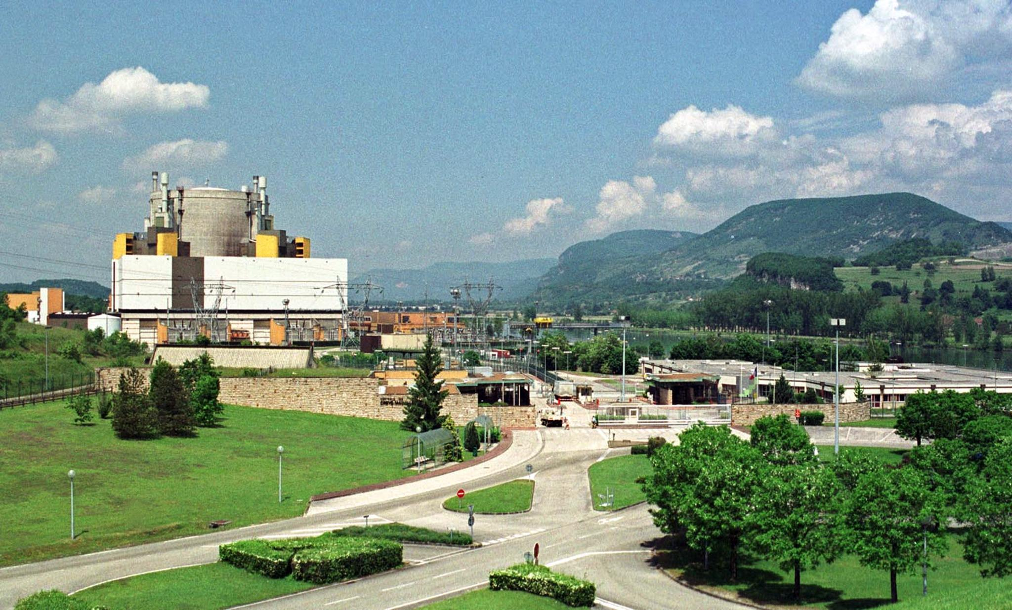 Nhà máy hạt nhân Creys-Malville.