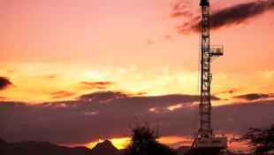 Le Kenya a trouvé du pétrole dans sa région isolée du nord-ouest du Turkana après des forages exploratoires effectués par Tullow Oil.