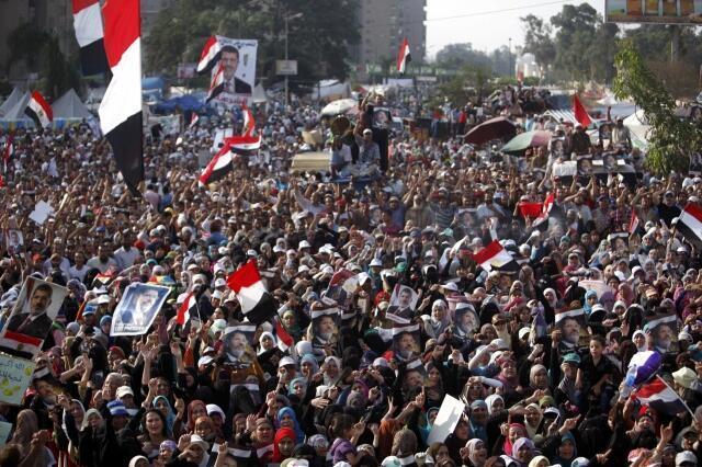 Manifestations pro-Morsi le 8 juillet 2013.