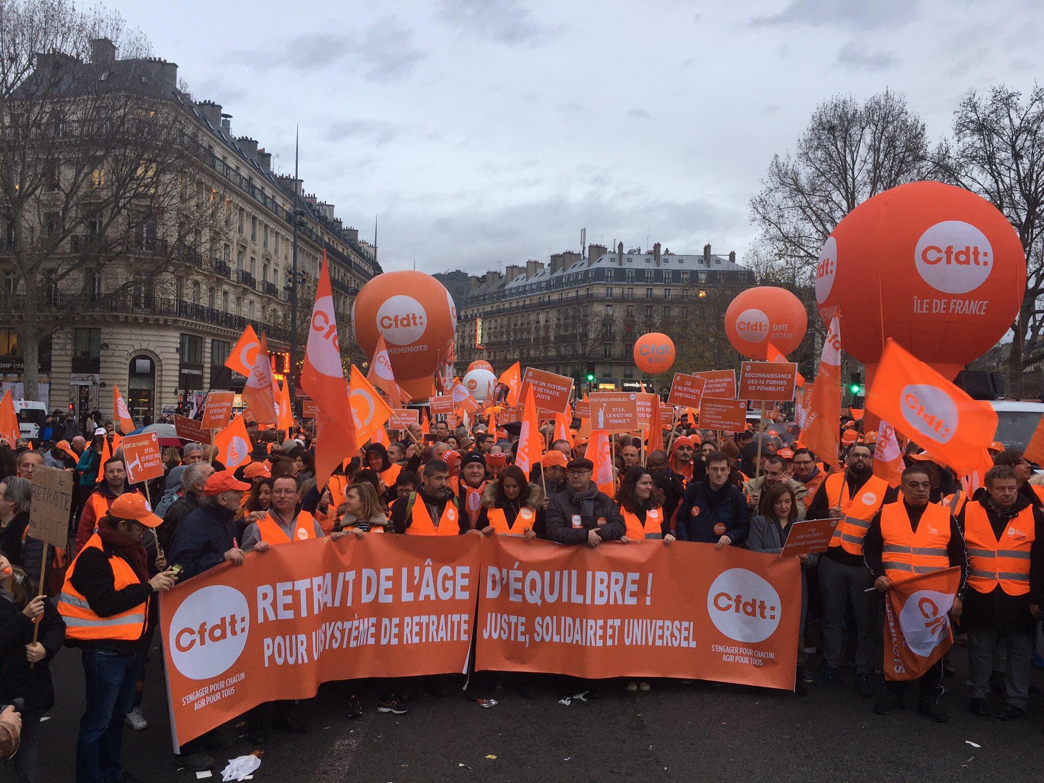 """اعتصاب سراسری امروز (سهشنبه ۱۷ دسامبر) اتحادیه صنفی """"سهافدهته"""" (CFDT)، بزرگترین اتحادیه فرانسه علیه اصلاح قانون بازنشستگی در این کشور."""