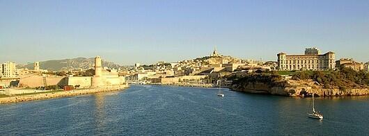 Marsella es el puerto comercial más importante de la región Provenza, de Francia y del Mediterráneo.