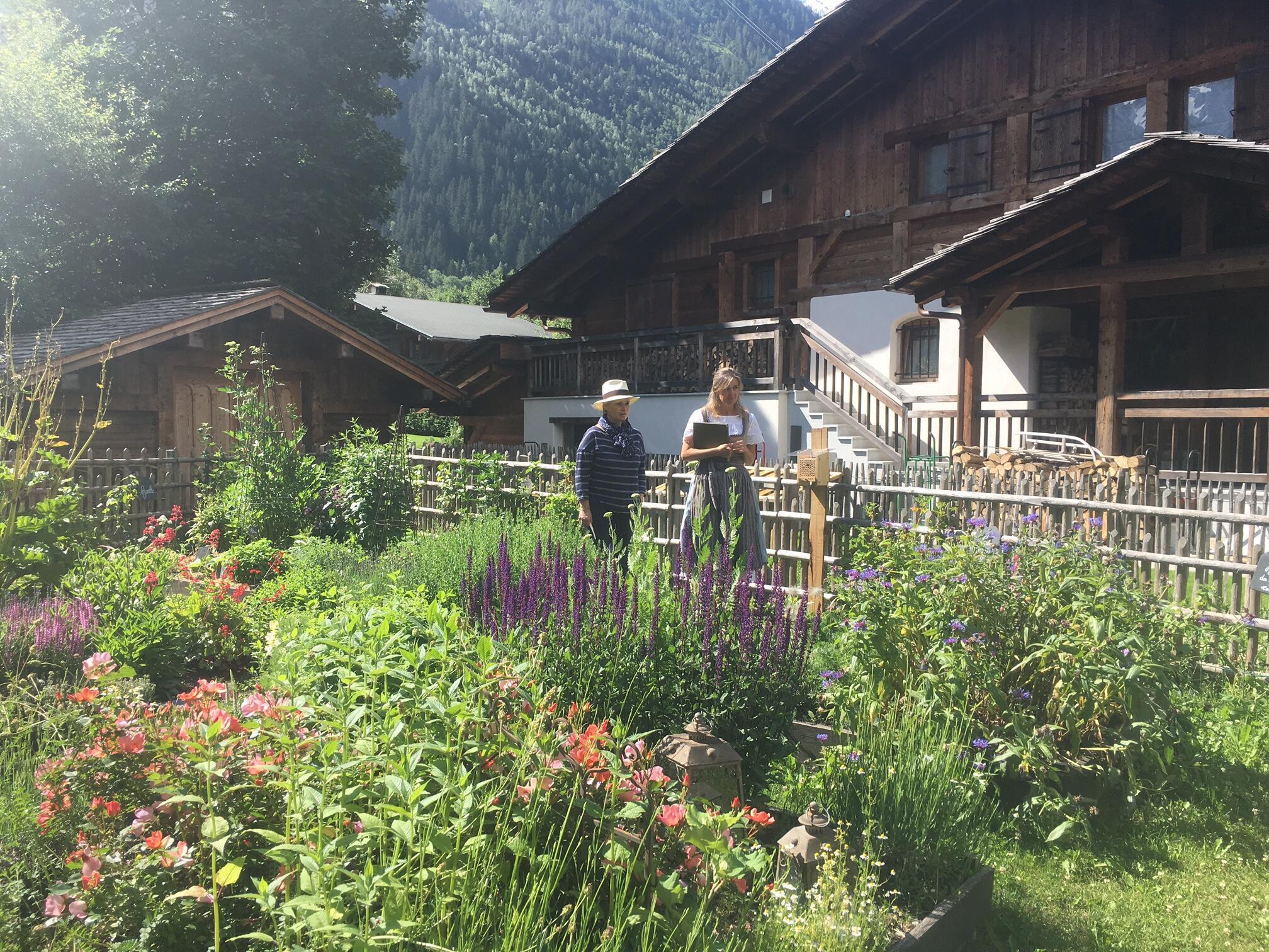 Hermitage Paccard 等旅館在花園中種植調料植物