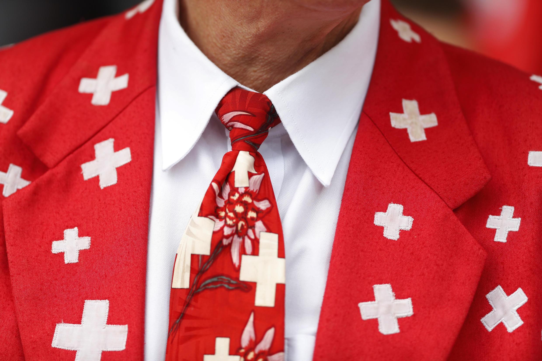 Отныне швейцарским спецслужбам будет легче отследить своих сограждан