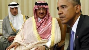 Barack Obama et Mohammed ben Nayef, lors d'un entretien à la Maison Blanche, le 13 mai 2015.