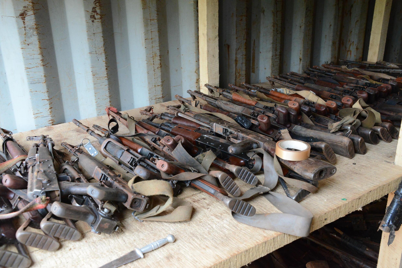 L'accord signé, le 10 mai 2015, à Bangui prévoit que chaque combattant dépose toutes les armes de guerre qu'il possède.