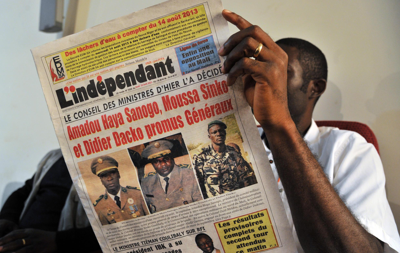 En août 2013, Amadou Sanogo et Moussa Sinko Coulibaly faisaient la Une du journal «L'Indépendant», avec Didier Dacko, lors de leur promotion au grade de général.