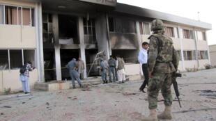 Le général Daoud Daoud, qui a été tué dans l'attentat, était une figure politique. Ancien commandant de l'Alliance du Nord, il avait été un proche du commandant Massoud puis vice-ministre de l'Intérieur en charge de la lutte contre le trafic de drogue.