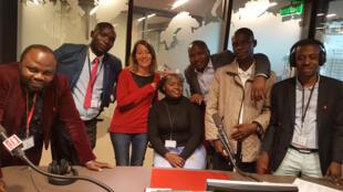 Thomas  Mbussa (Kampala), Gilbert Niyongabiré (Bujumbura) ; Cécile Bonici, réalisatrice ; Nicole Bahati (Bukavu), Zacharie Bashwira (Goma), Stanislas Woanga Kamengele (Uvira), Alain Bashizi (Bukavu).