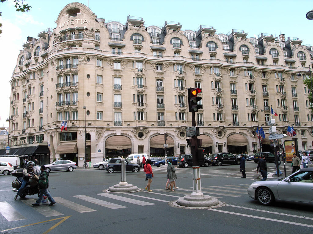 The hotel Lutetia, à Paris