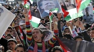 Manifestation de soutien au roi Abdallah II à Amman et contre l'Etat islamique, le 5 février 2015.