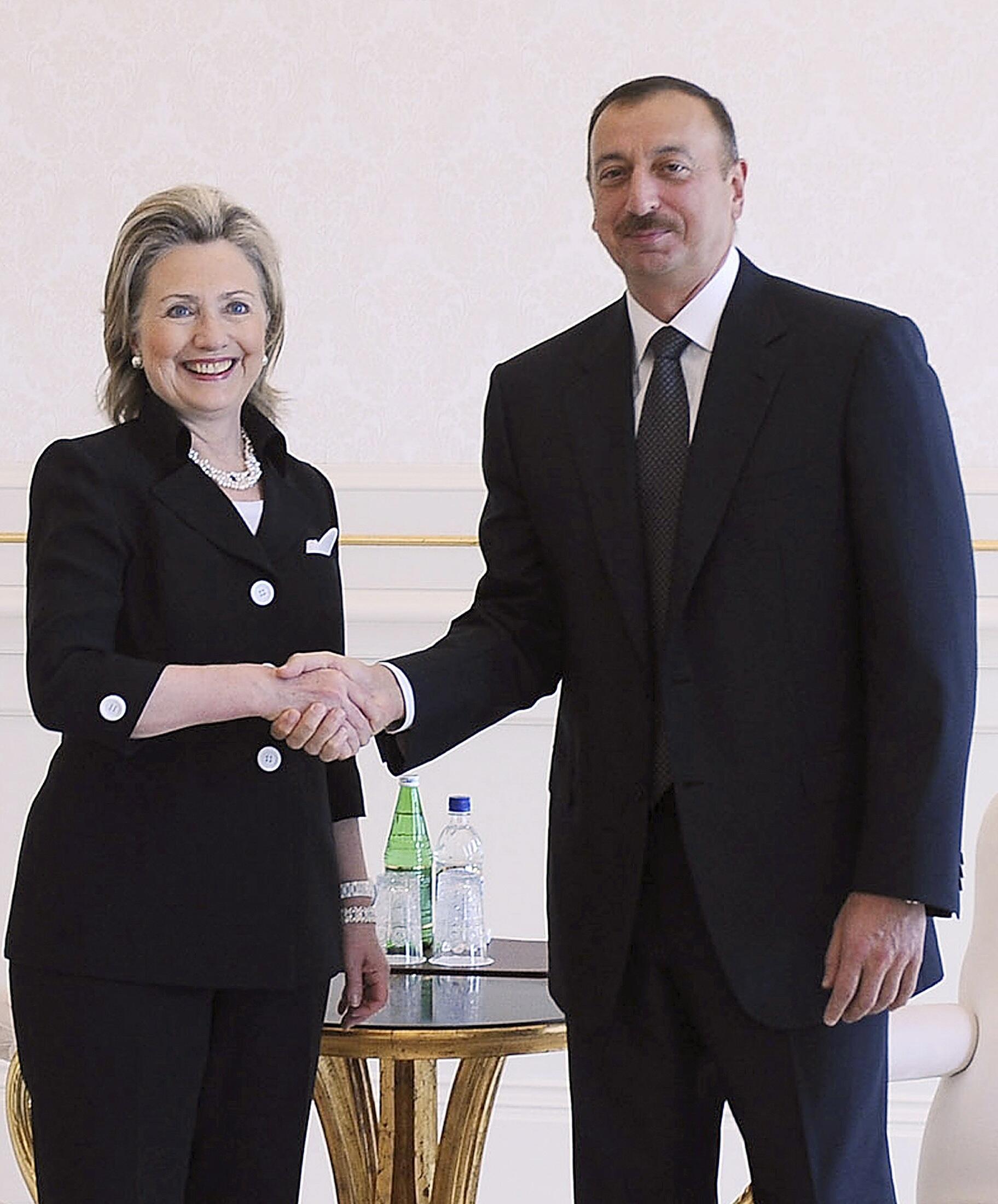 Госсекретарь США Хиллари Клинтон и президент Азербайджана Ильхам Алиев. Баку, 4 июля 2010