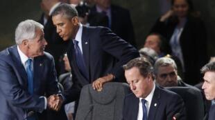 Le projet de coalition internationale pour lutter contre les jihadistes de l'EI a commencé à s'esquisser vendredi 5 septembre, en marge du sommet de l'Otan au Royaume-Uni.