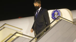 US Secretary of State Antony Blinken disembarks at Boryspil International airport outside Kiev, Ukraine, at the start of a one-day trip