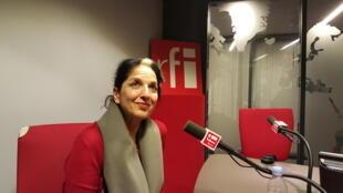 فریبا هشترودی، نویسنده و روزنامه نگار ایرانی