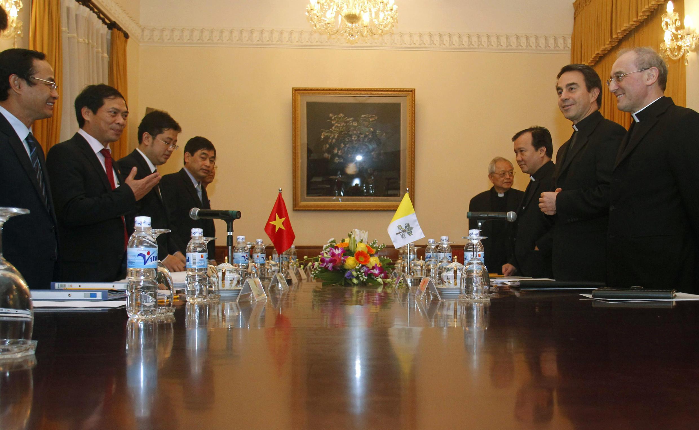 Ảnh tư liệu: Nhóm Công tác hỗn hợp Vatican-Việt Nam trong cuộc họp ngày 27/02/2012 tại Hà Nội.